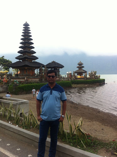 With Anwar Bedugul Tour with Tanah Lot Temple